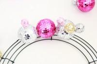 diyshining-disco-ball-wreath-for-christmas-and-new-year-2