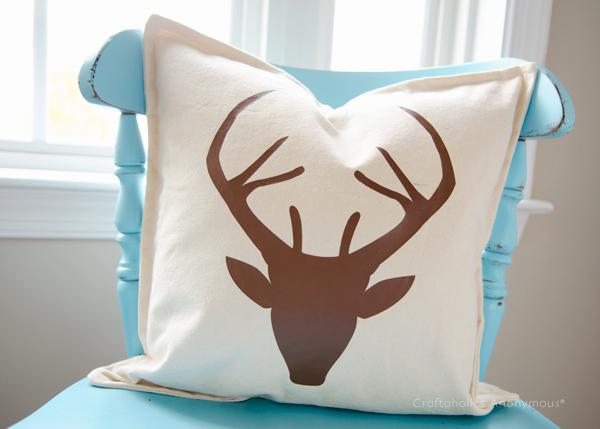 deer pillow (via craftaholicsanonymous)
