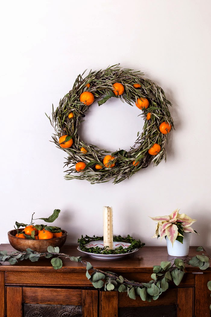 stylish citrus wreath (via poppytalk)
