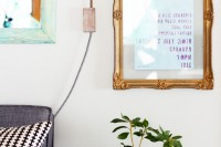 chic-vintage-inspired-diy-floating-frame-1