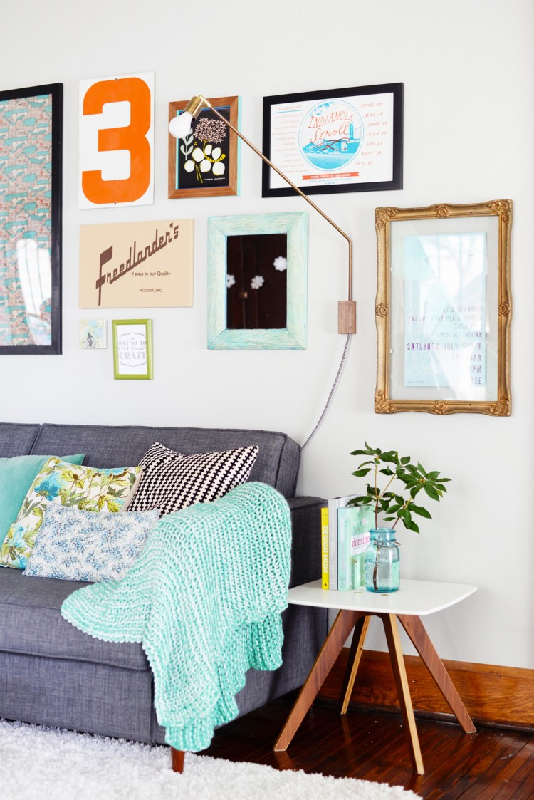 Chic Vintage Inspired DIY Floating Frame