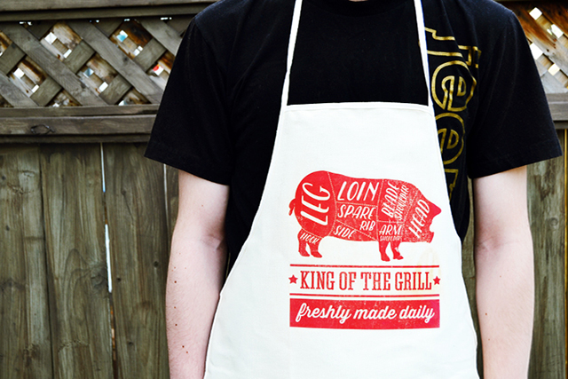 bbq apron (via mintedstrawberry)