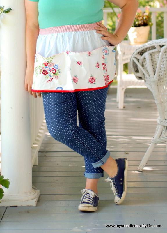 vintage-inspired apron (via mysocalledcraftylife)