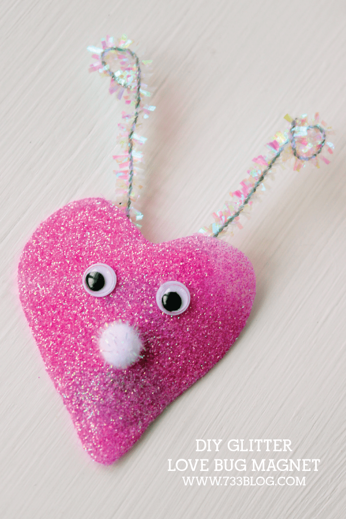 glitter heart magnet (via 733blog)