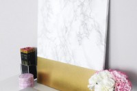 diy-faux-marble-and-gold-canvas-wall-art-6