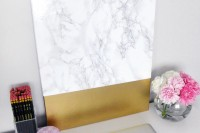 diy-faux-marble-and-gold-canvas-wall-art-7