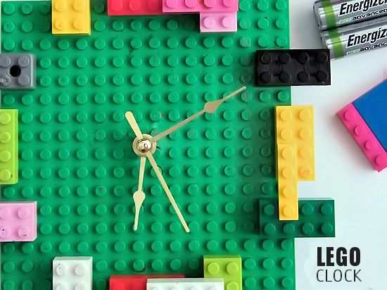 Lego clock (via kidthings)