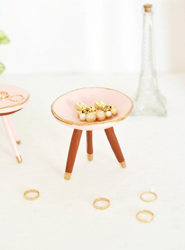 DIY Mid-Century Trinket Dish In Rose Quartz