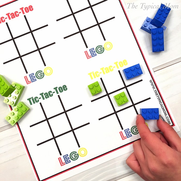 LEGO tic tac toe (via temeculablogs)