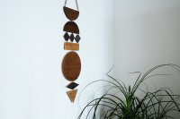 diy-wall-art-jewelry-from-stained-plywood-2