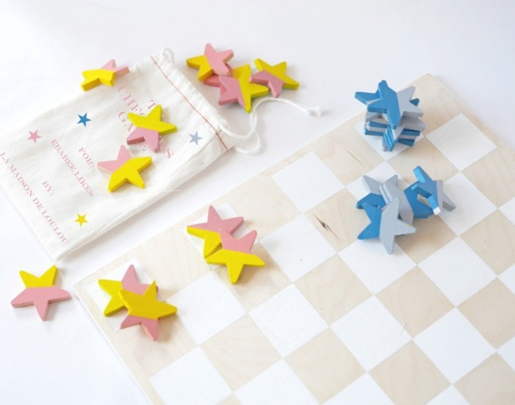Fun DIY Checkers Game For Kids