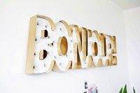 glam-diy-gold-metal-edge-marquee-9