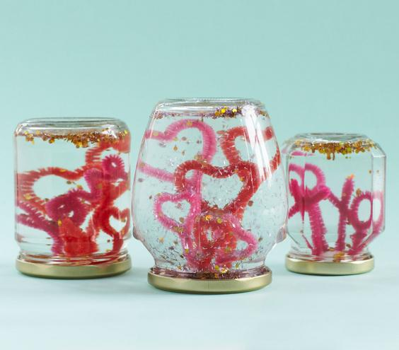 pipe cleaners snow globe (via realsimple)