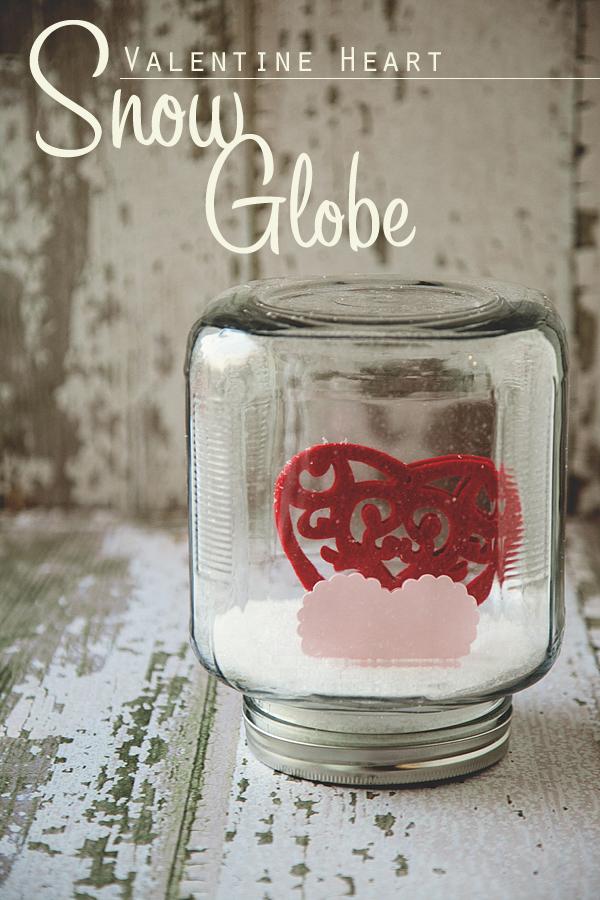 felt heart globes (via whipperberry)