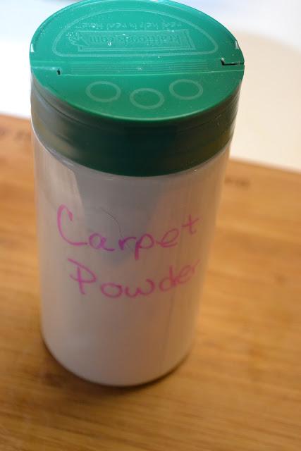 carpet powder (via mrshappyhomemaker)