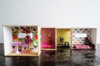 versatile-and-easy-to-make-diy-barbie-dollhouse-7