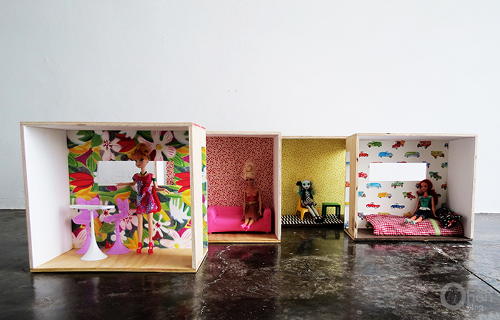 Picture Of versatile and easy to make diy barbie dollhouse  7