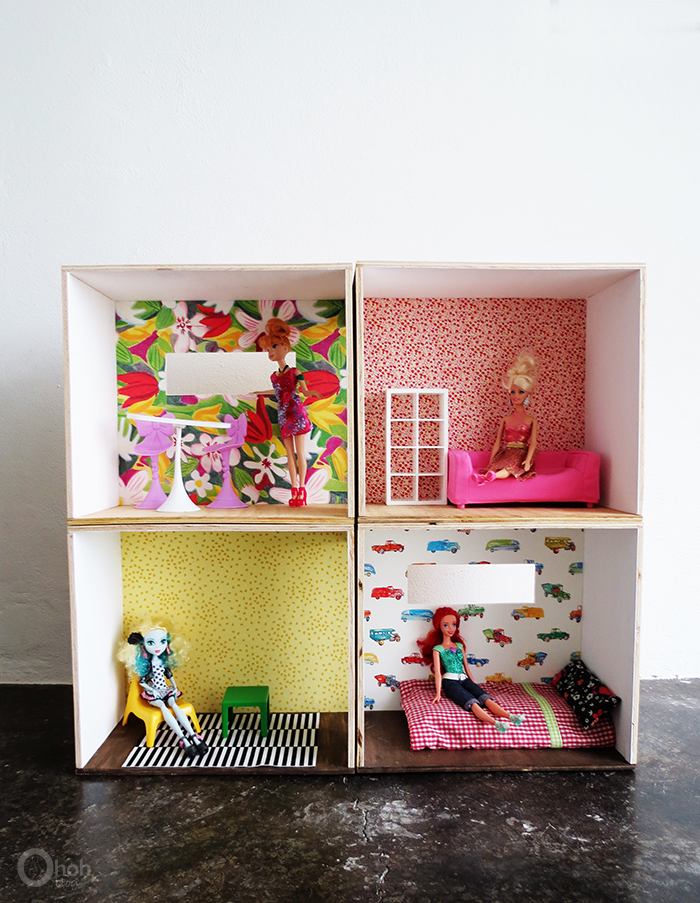 Picture Of versatile and easy to make diy barbie dollhouse  8