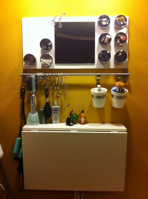 DIY beauty bar (via ikeahackers)