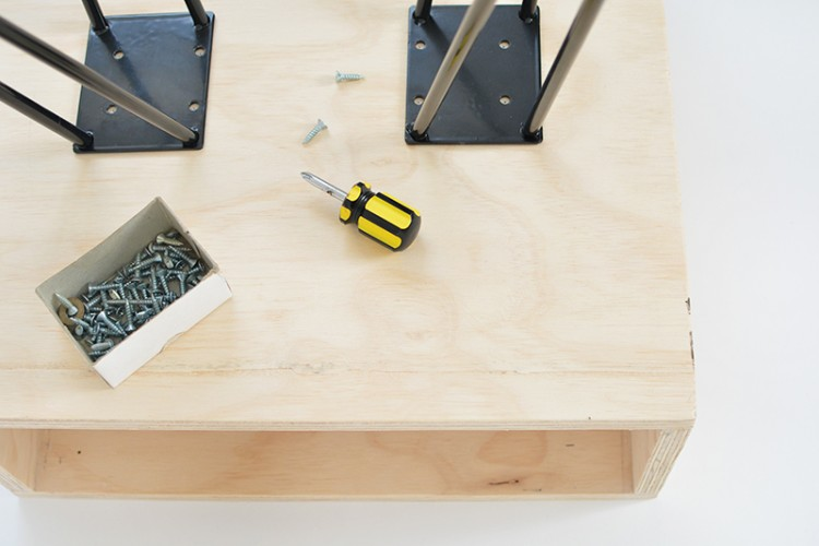 Chic DIY Mid Century Modern Nightstand