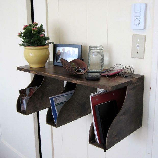 DIY mail rack (via instructables)