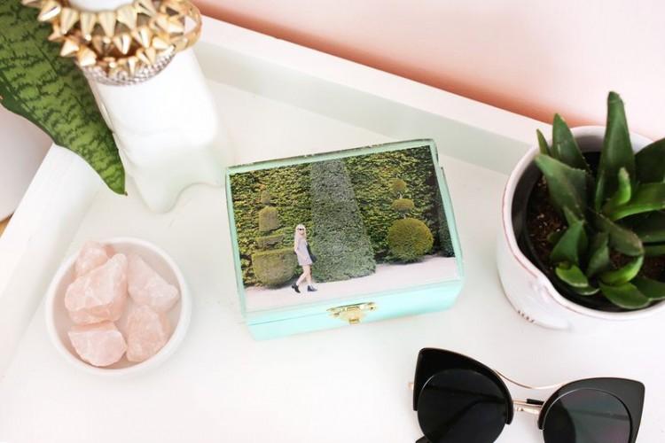 Cute DIY Epoxy Jewelry Box With A Photo
