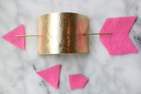 diy-gold-and-pink-arrow-napkin-rings-3