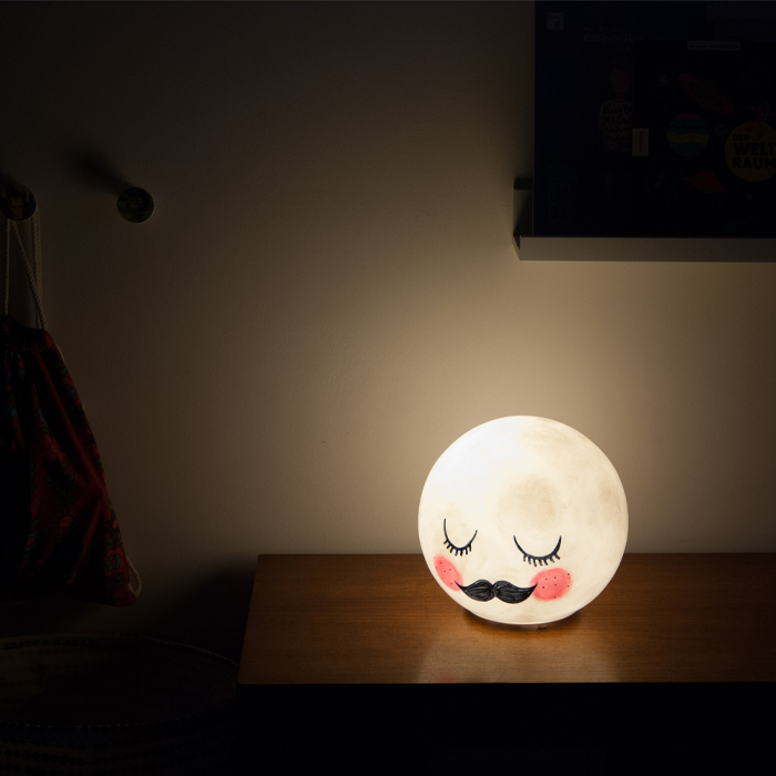 Fun DIY Mr.Moon Night Light For Kids' Rooms - Shelterness