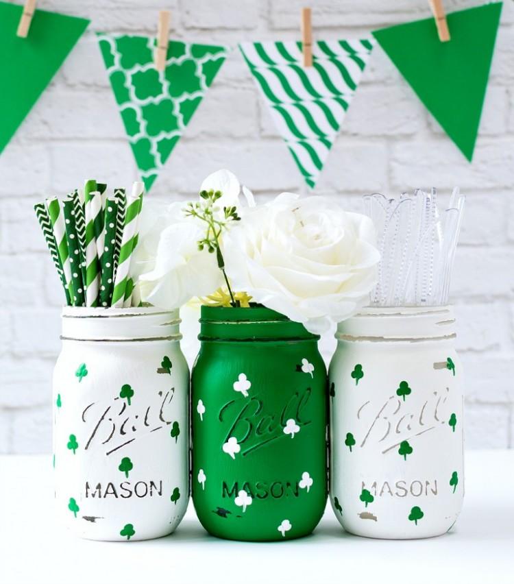 DIY Painted Shamrock Mason Jars For St.Patrick's Day