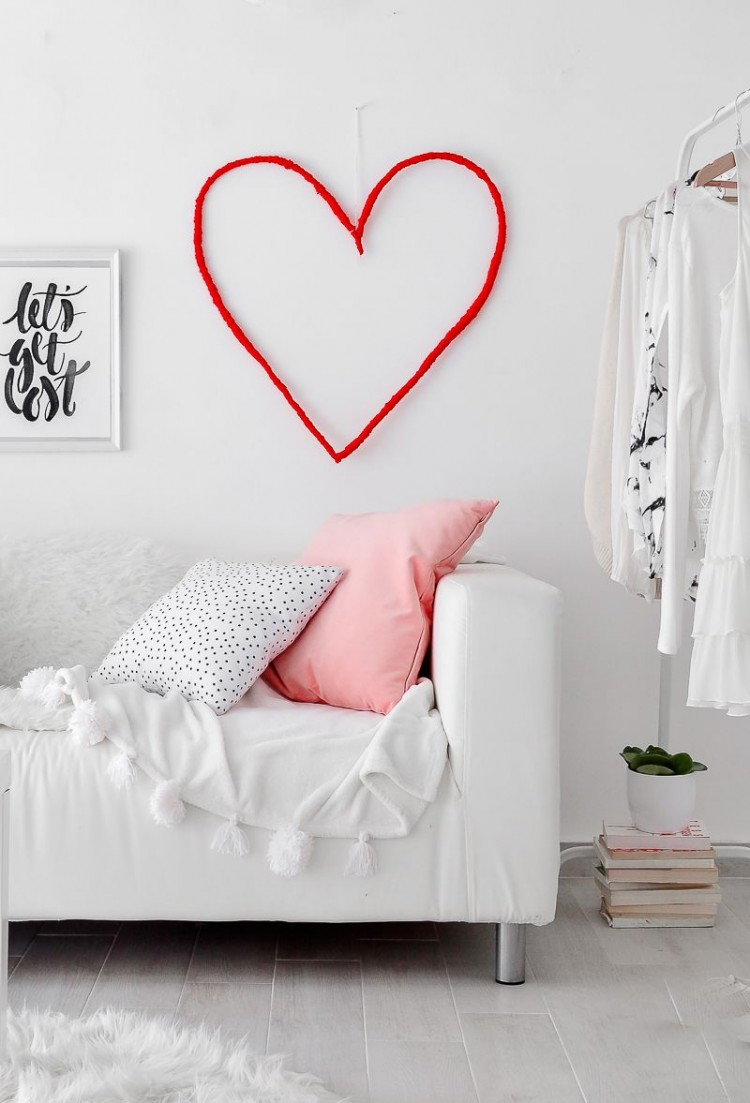 DIY String Heart Wall Art For Valentine's Day