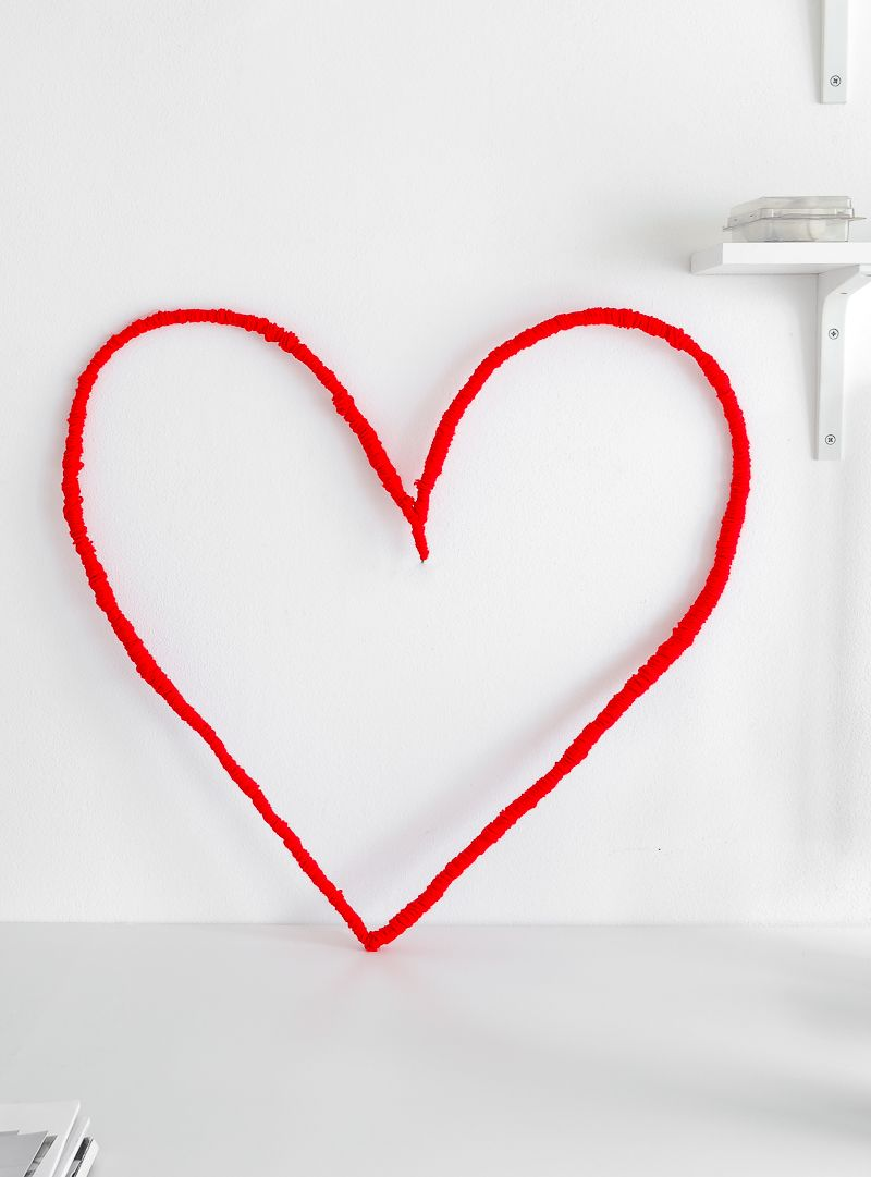 Picture Of diy string heart wall art for valentines day  5
