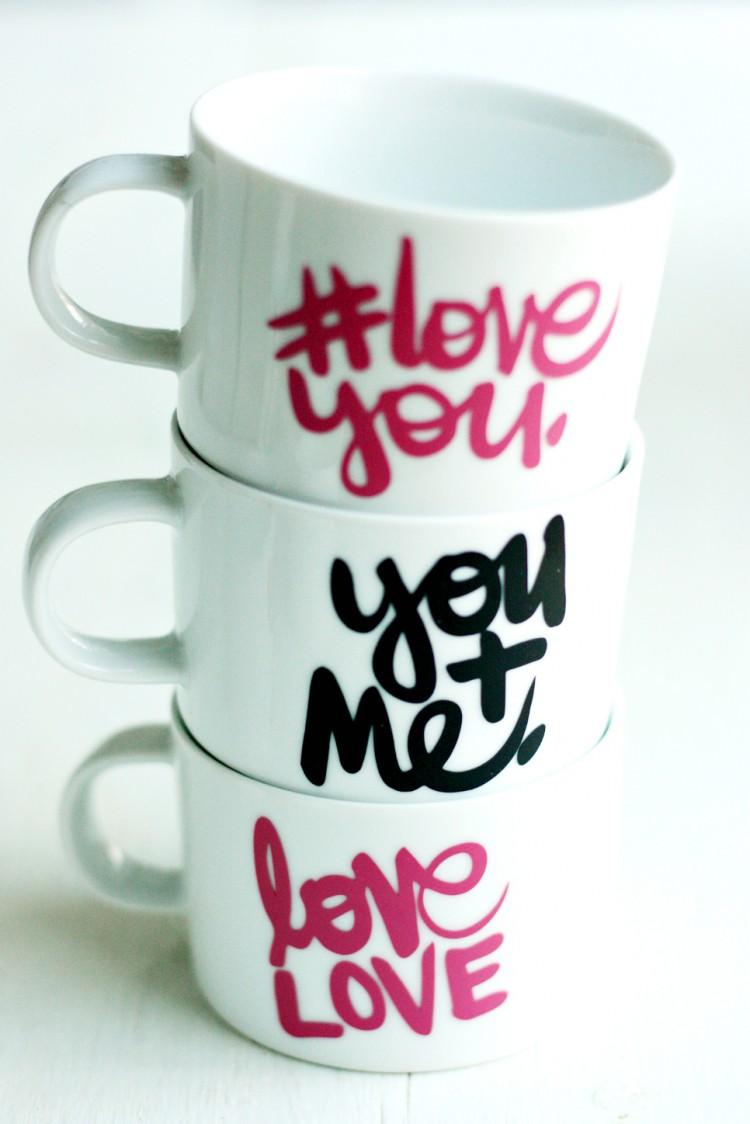 LOVE YOU mugs (via prettylifegirls)