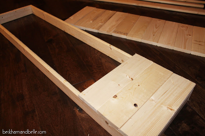 Picture Of diy wooden console entryway table  4