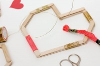 easy-andfun-diy-posicle-sticks-valentines-4