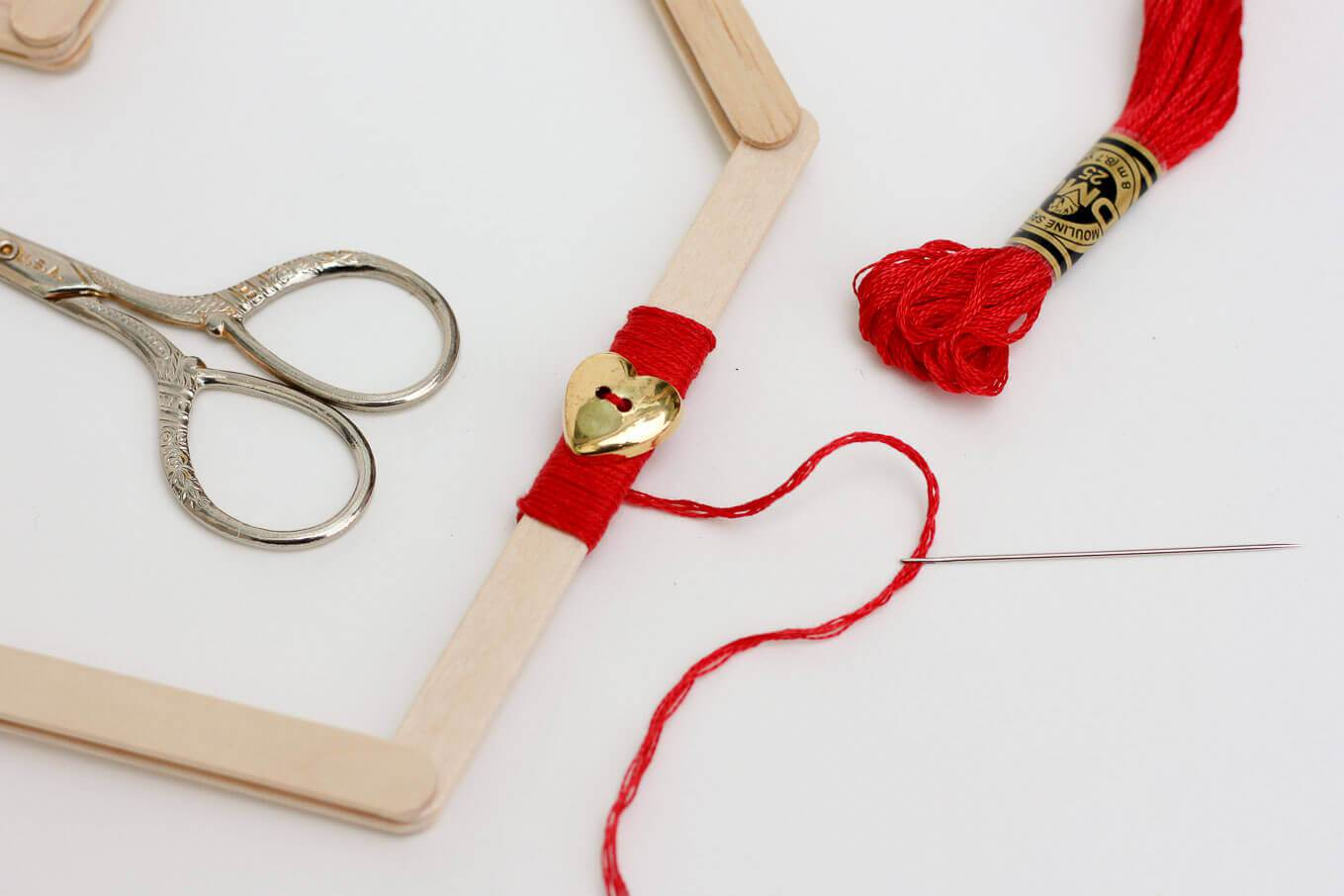 Picture Of easy andfun diy posicle sticks valentines  7