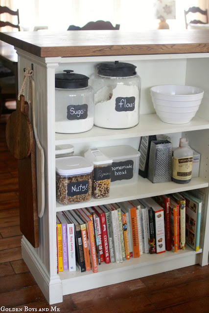 DIY Billy Bookshelf hack (via goldenboysandme)