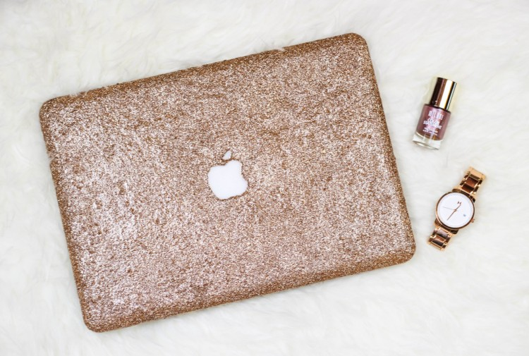 Macbook Cover Ideas : Girlishly chic diy glitter laptop case shelterness