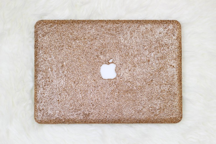 Girlishly Chic DIY Glitter Laptop Case