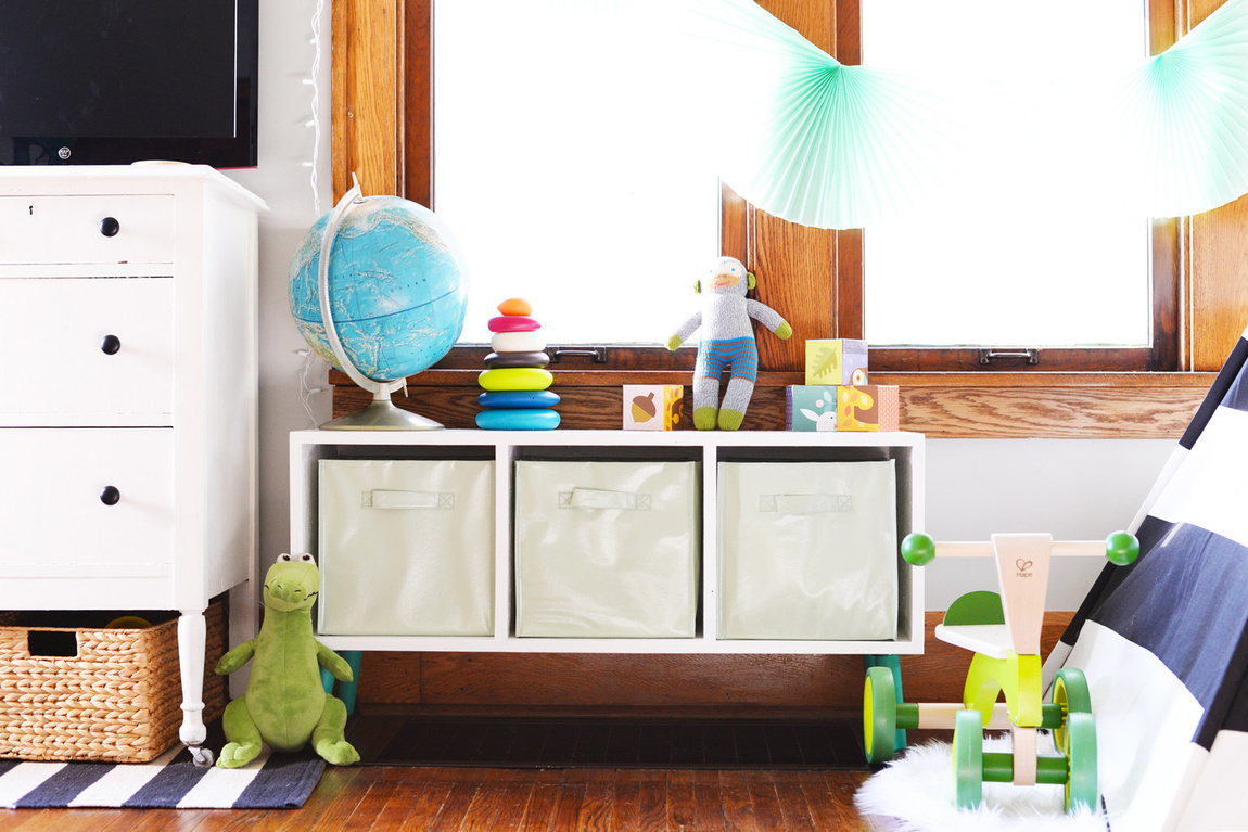 Picture Of simple and modern diy toy storage bench  1