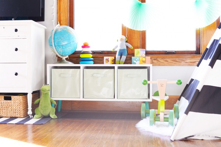 Simple And Modern DIY Toy Storage Bench