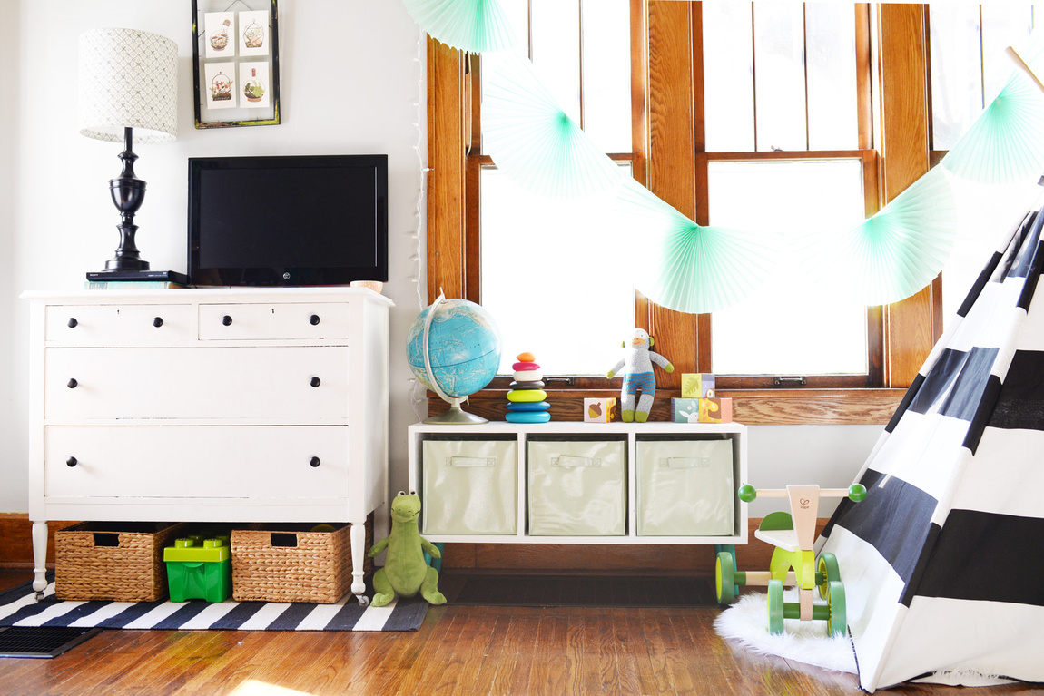 Picture Of simple and modern diy toy storage bench  6