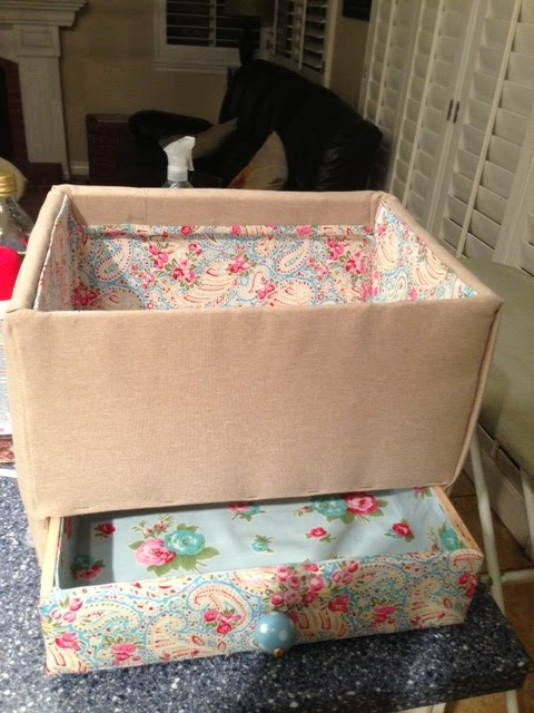 DIY sewing box (via ikeahackers)