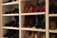 DIY Billy shoe closet hack