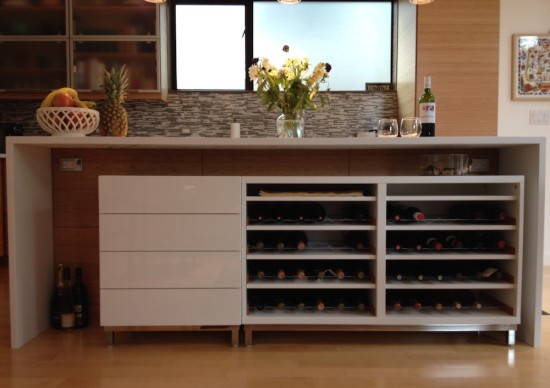 DIY Besta wine rack (via ikeahackers)