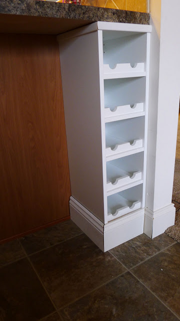 DIY Perfekt wine shelf (via ikeahackers)