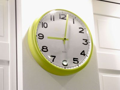 DIY Pugg clock hack (via ikeahackers)
