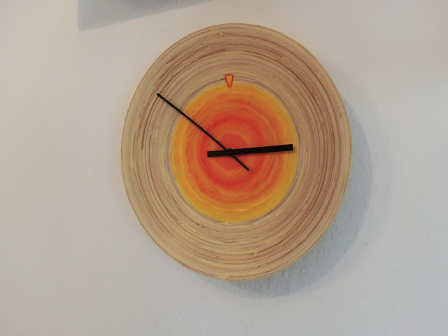 DIY IKEA bamboo dish clock (via ikeahackers)