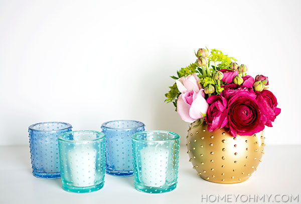 DIY pastel beaded candle holders (via homeyohmy)