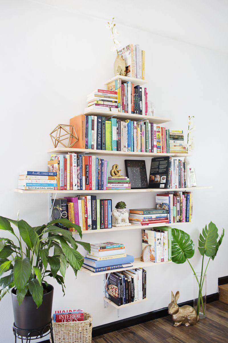 Picture Of creative diy diamond shaped bookshelves  1