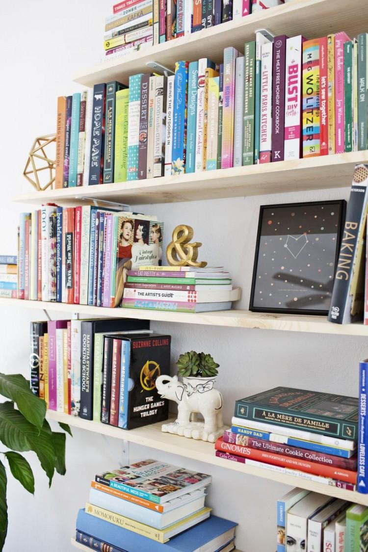 Creative diy diamond shaped bookshelves shelterness for Unique shelves diy